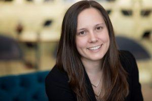 Faire la connaissance de Audrey Blouin, présidente et directrice artistique de Hop Design stratégique